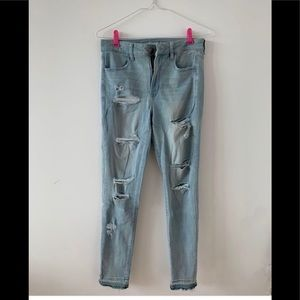 American Eagle Ripped Jeans - Size 20